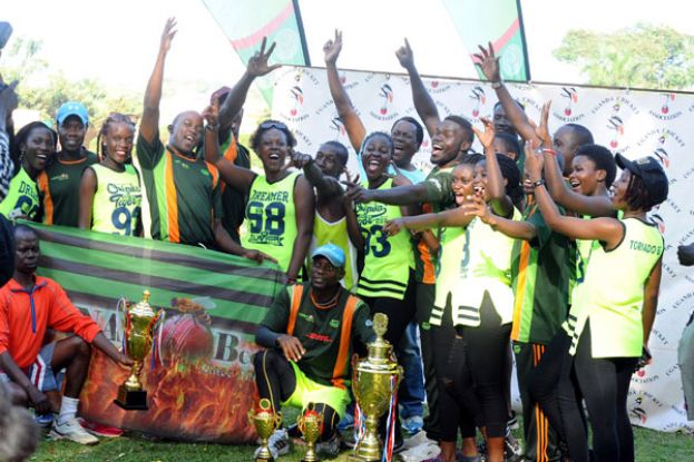 Tornado Bee were crowned champions of the men and women's Division I national leagues of 2016 in a belated function held at Lugogo on Saturday. PHOTO BY EDDIE CHICCO
